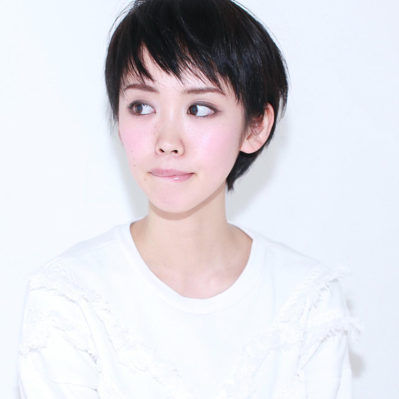 アッシュ ショート 暗髪 ナチュラル ヘアスタイルや髪型の写真・画像 | イマムラ スナオ / LUKE