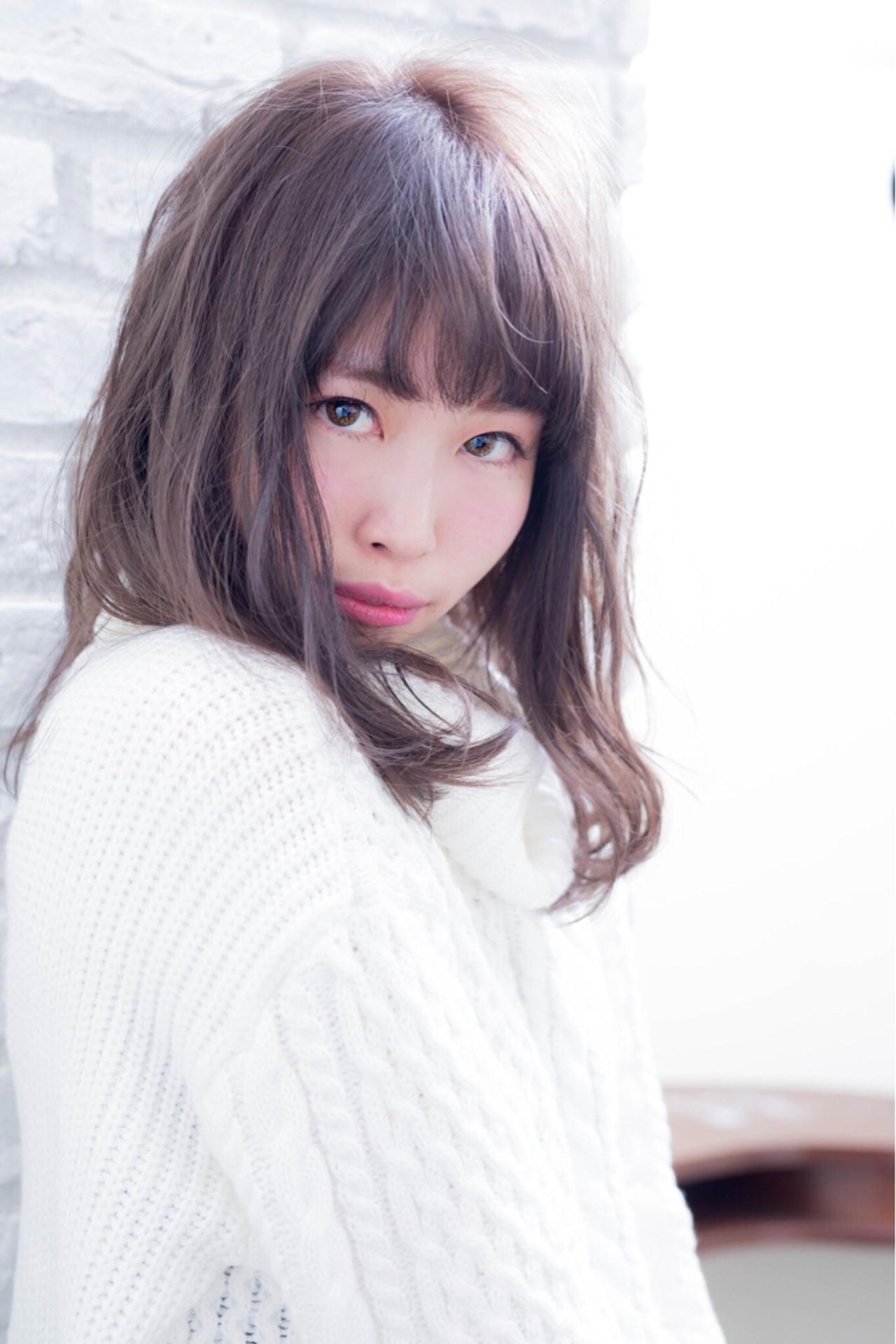 フェミニン 外国人風 セミロング ガーリー ヘアスタイルや髪型の写真・画像 | 黒田彩水 /