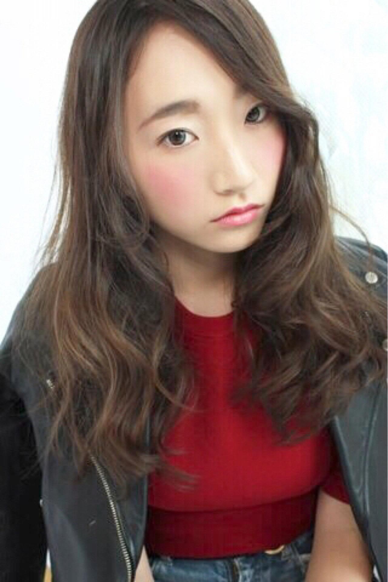 ロング ローライト ハイライト グレージュ ヘアスタイルや髪型の写真・画像 | 茂垣 貴裕 / shiro(新宿)/LOOOKS(中央林間)
