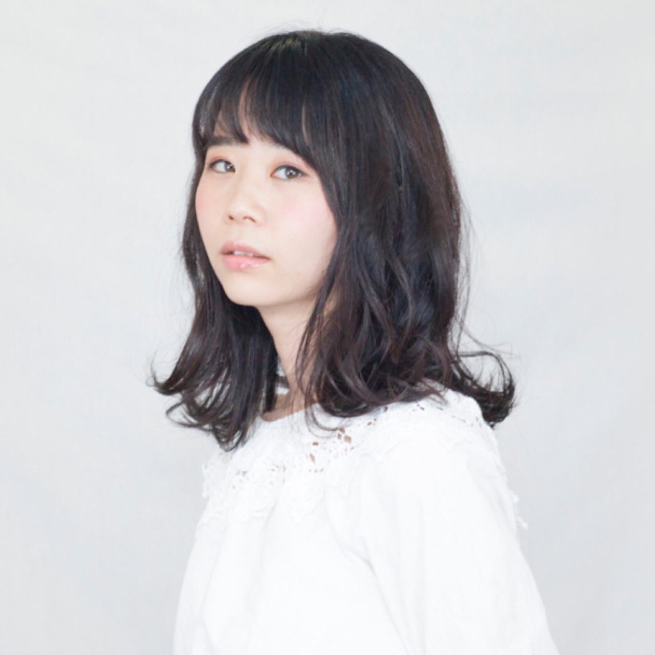 オフィス 簡単ヘアアレンジ ナチュラル ウェーブ ヘアスタイルや髪型の写真・画像   Ichiro yamada / kurtis HAIR SALON