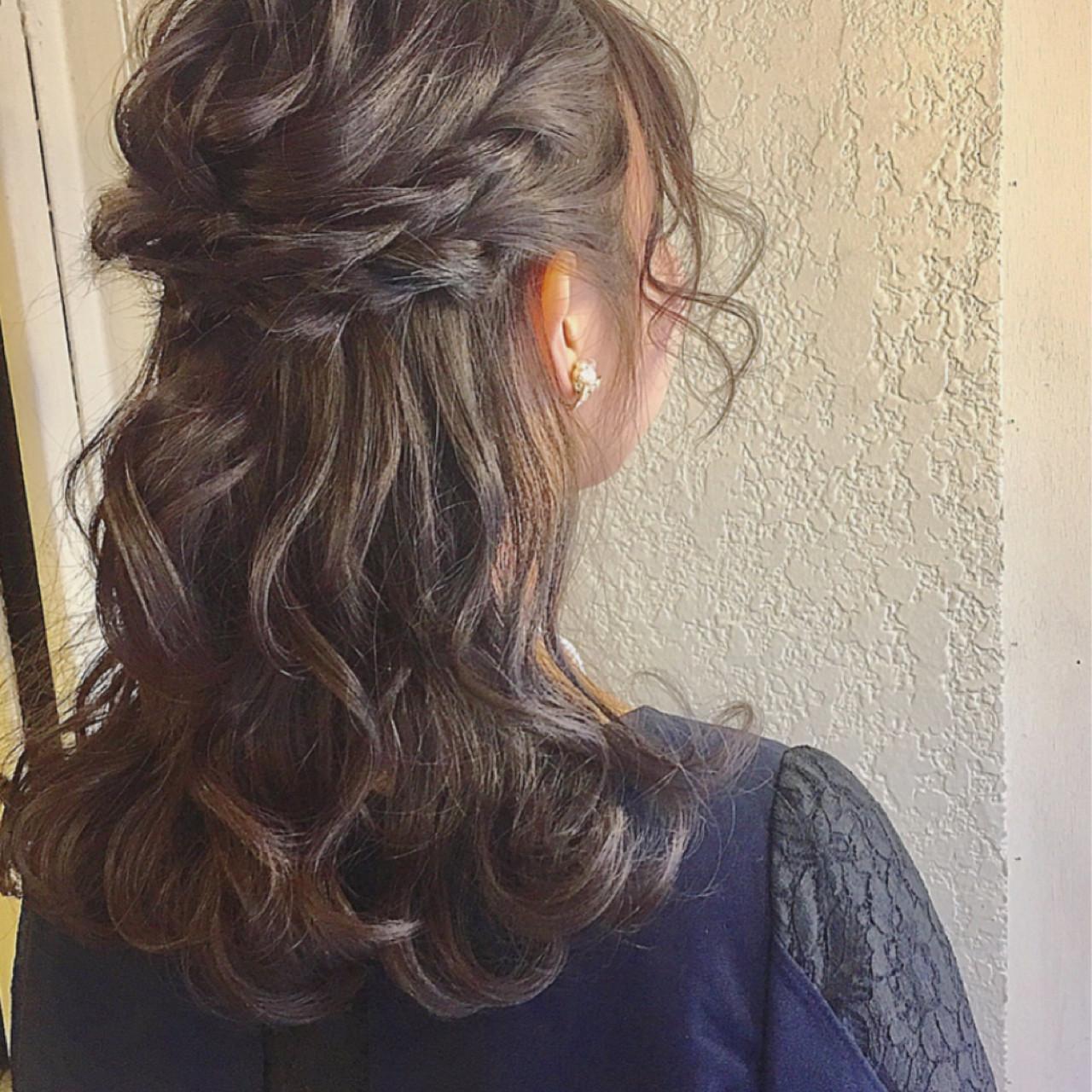 簡単ヘアアレンジ ショート 結婚式 ミディアム ヘアスタイルや髪型の写真・画像 | 上杉 / 大阪