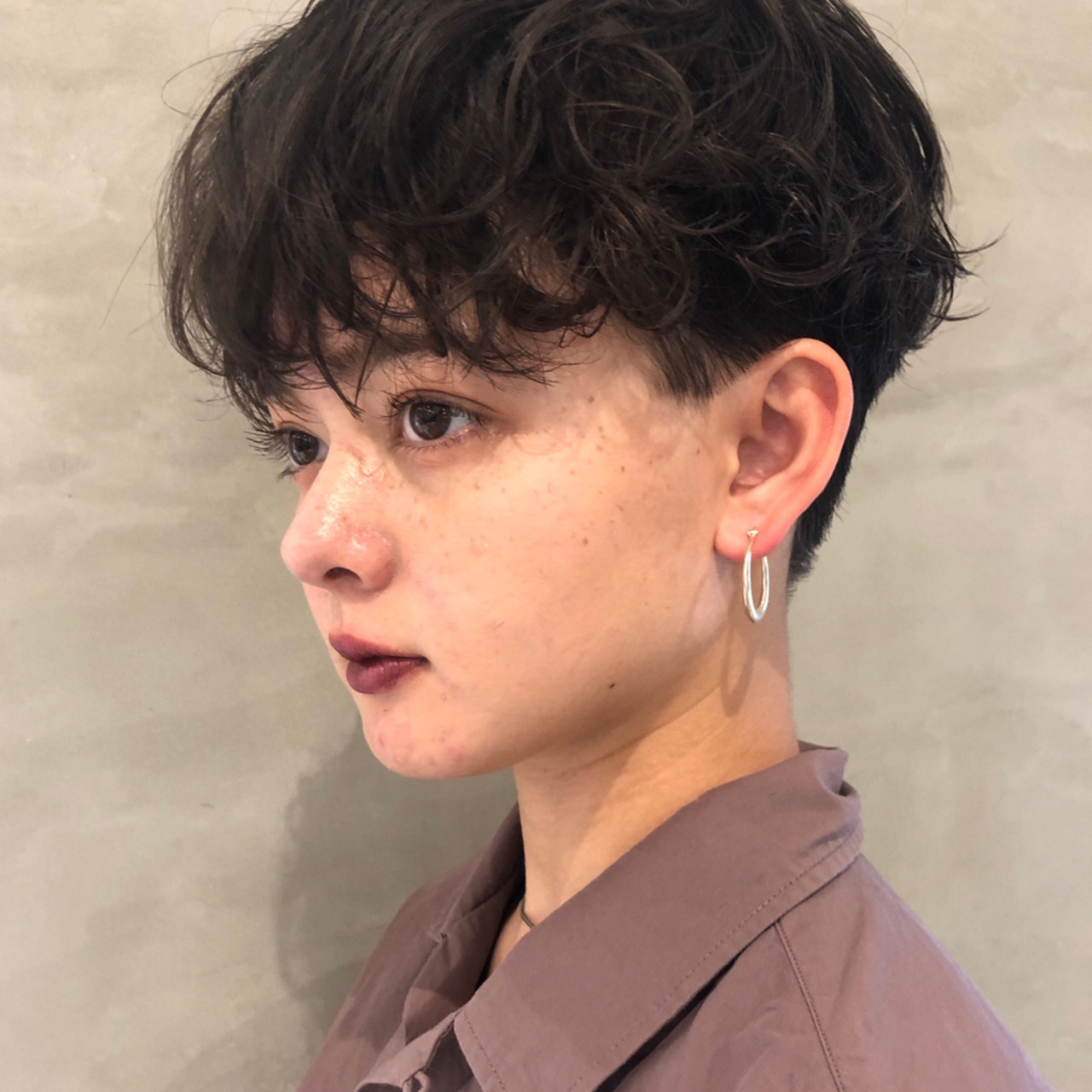パーマ ナチュラル 大人ショート ハンサムショート ヘアスタイルや髪型の写真・画像 | 栗原貴史 PEEK-A-BOO / PEEK-A-BOO NEWoMan 新宿
