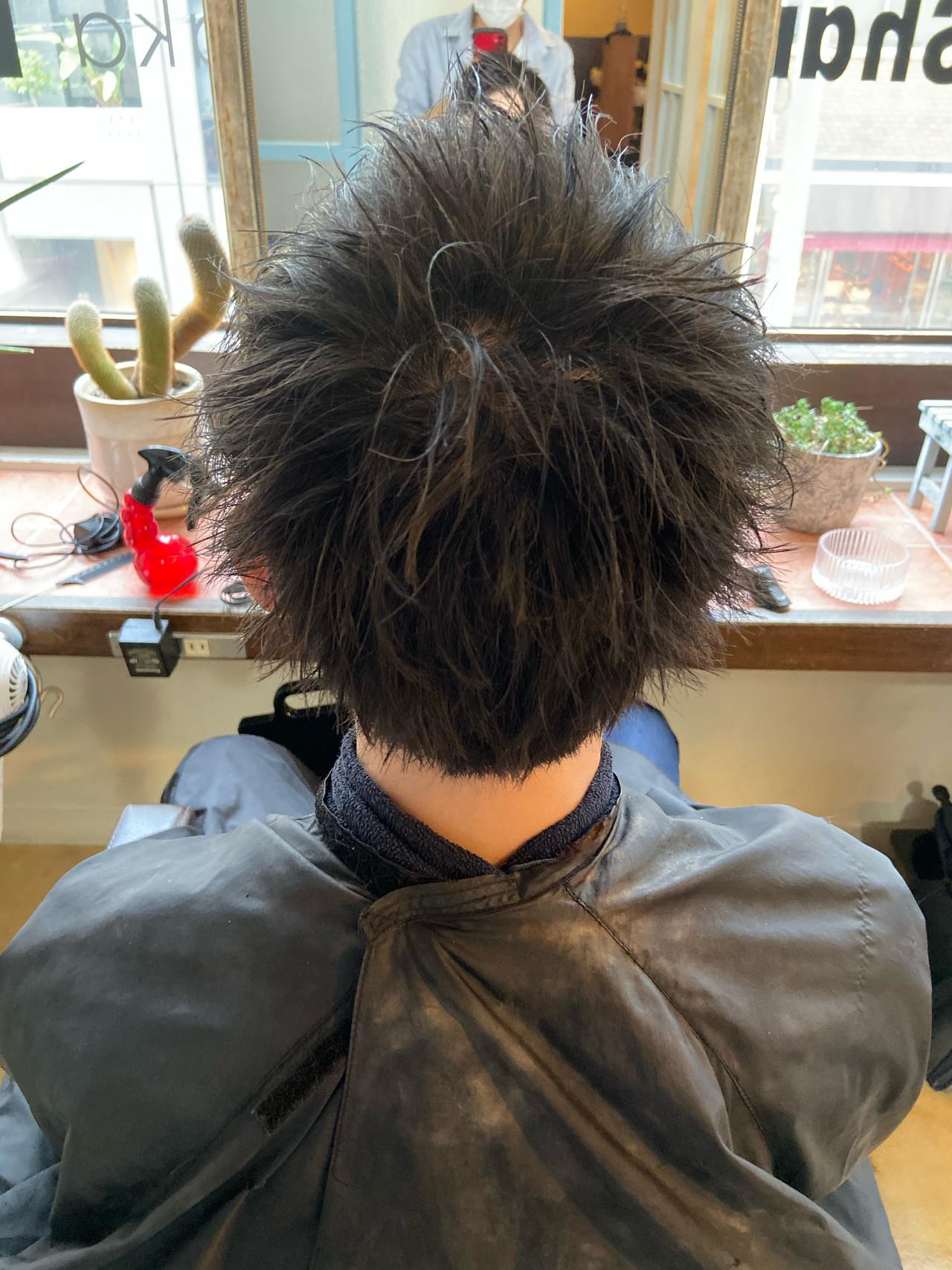 ショート メンズカラー メンズショート フェードカット ヘアスタイルや髪型の写真・画像 | つーくん / フリーランスシェアサロンルレイル