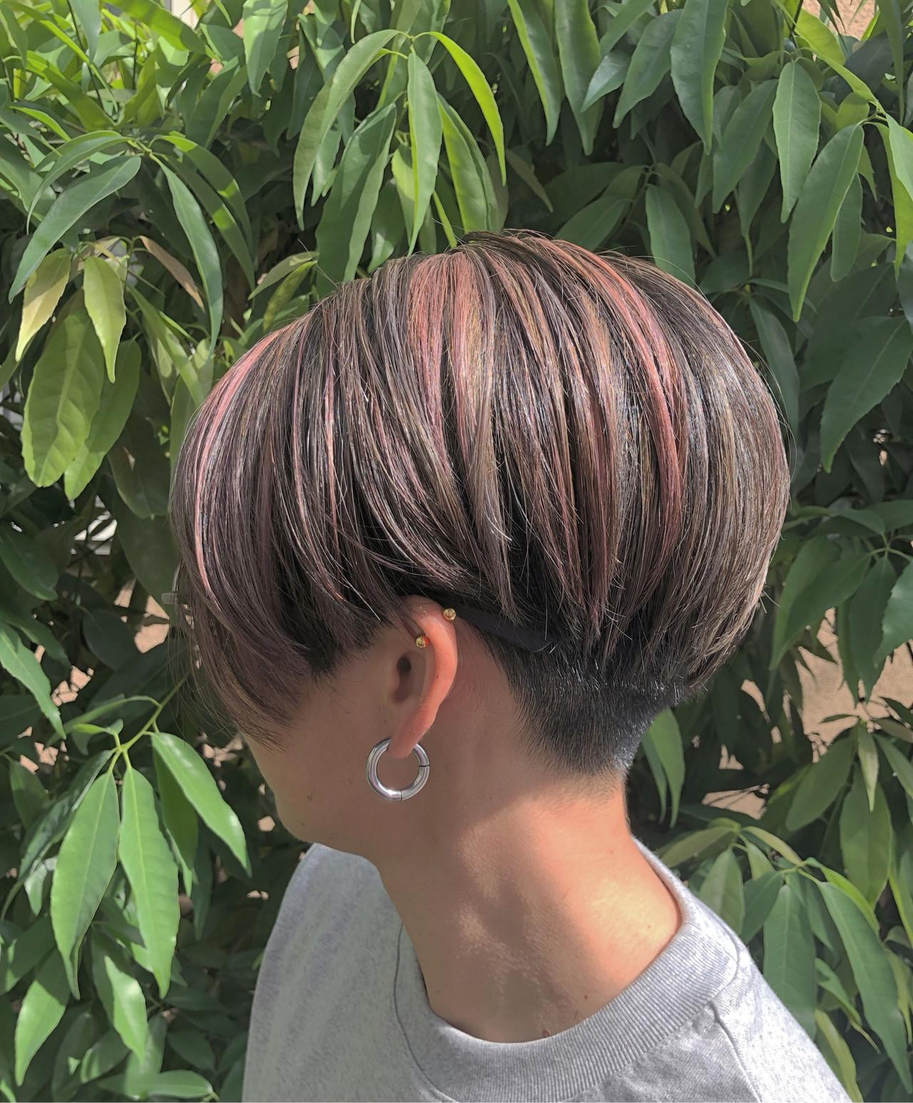 グラデーションカラー ハイライト ナチュラル ショート ヘアスタイルや髪型の写真・画像 | RUMINA //高田ゆみこ / Rumina