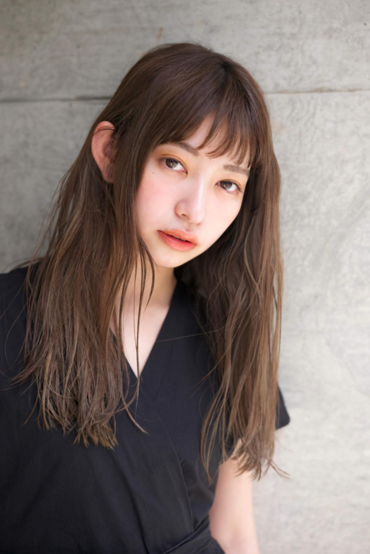 ゆるふわ オン眉 アンニュイ 外国人風カラー ヘアスタイルや髪型の写真・画像 | 佐脇 正徳 / LOAVE AOYAMA(ローヴ アオヤマ)