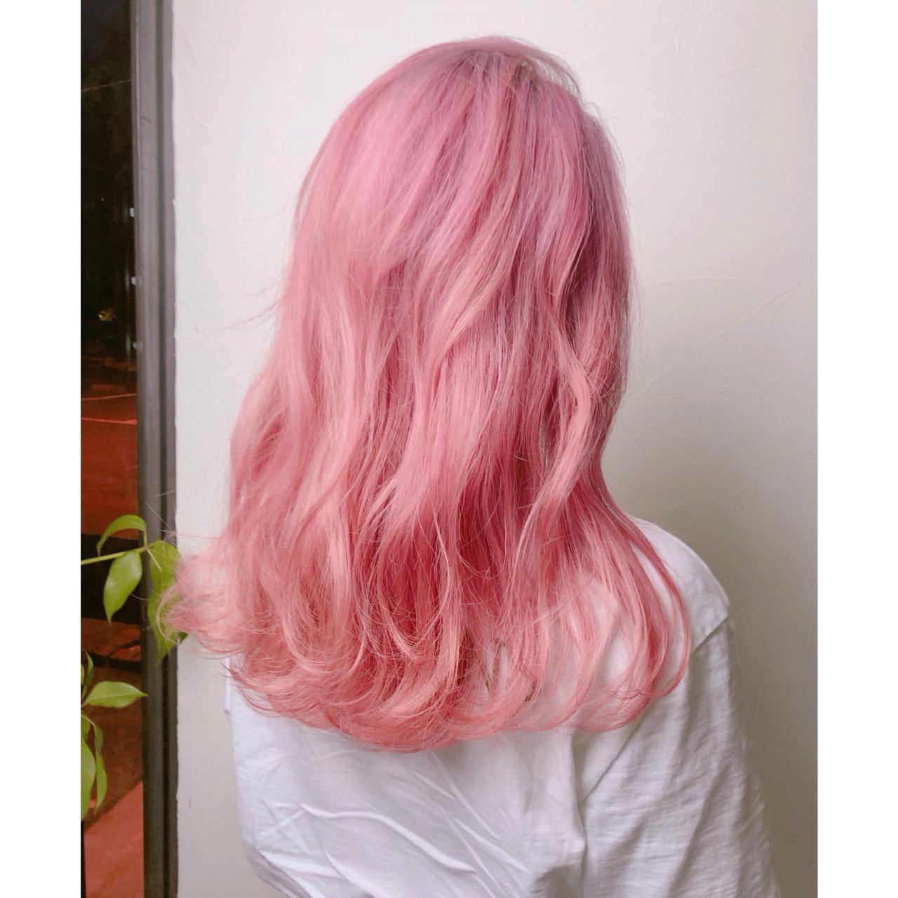 簡単ヘアアレンジ ピンク ベージュ セミロング ヘアスタイルや髪型の写真・画像 | TAKUMI KAWAHORI / ankclassic