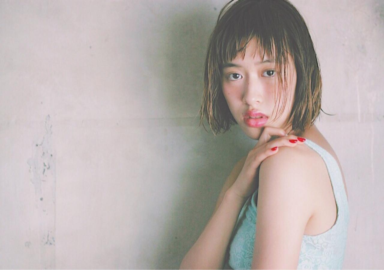 大人かわいい ナチュラル 外ハネ ワイドバング ヘアスタイルや髪型の写真・画像 | 冨永 真太郎 / 人トナリ