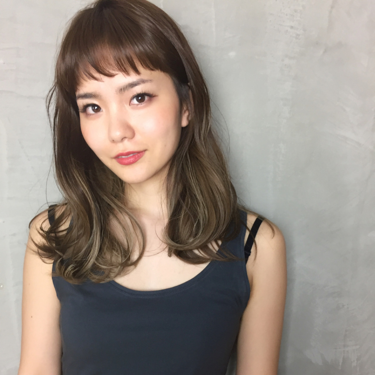 ショートバング ロング 大人かわいい ゆるふわ ヘアスタイルや髪型の写真・画像 | Ninomiya Takashi / Grege