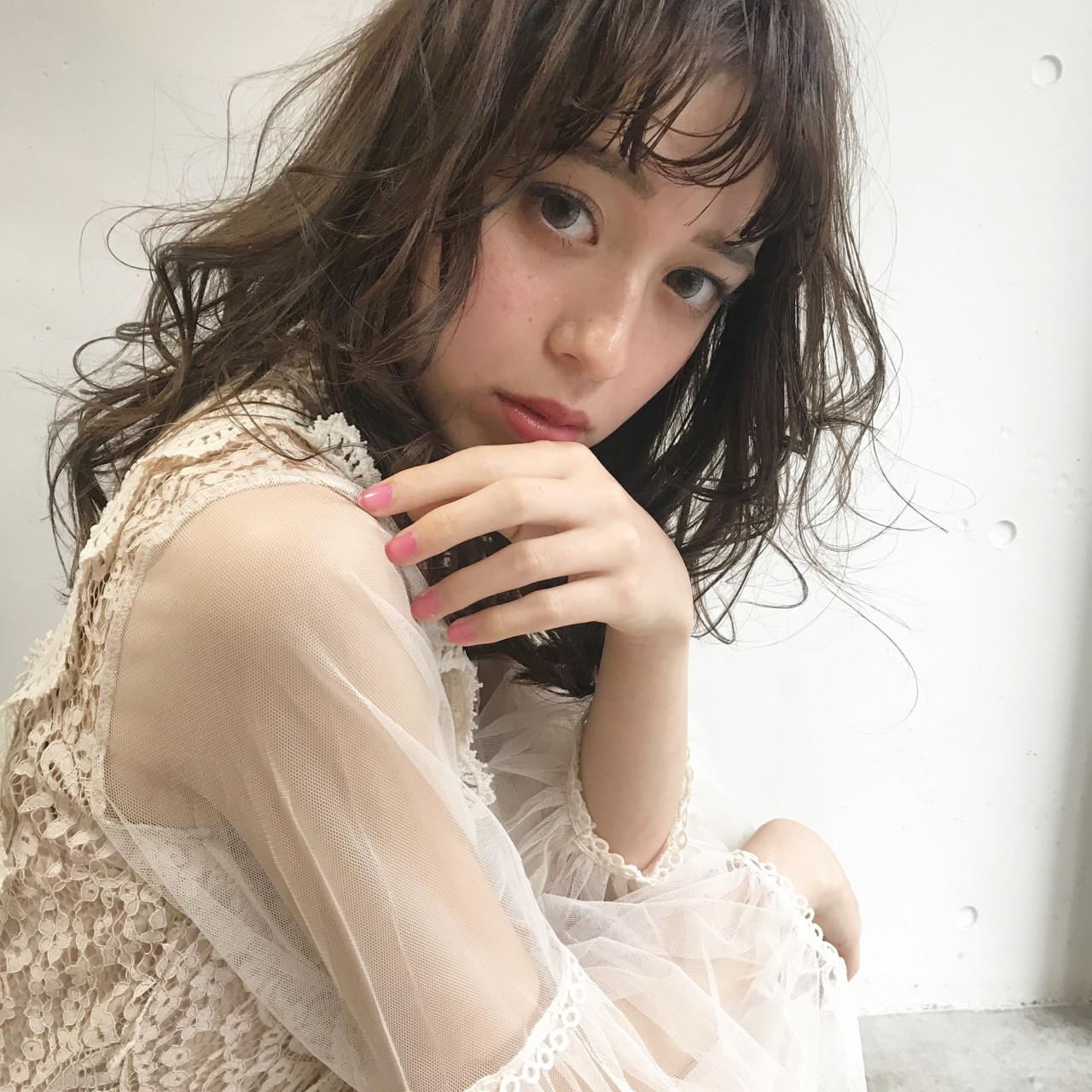 謝恩会 簡単ヘアアレンジ ロブ モード ヘアスタイルや髪型の写真・画像 | bibito crew / bibito
