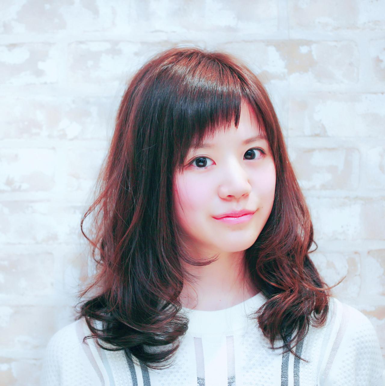 アシメバング セミロング フェミニン 前髪あり ヘアスタイルや髪型の写真・画像 | 吉川 知志 / MA MAISON PRIVEE DE REVES