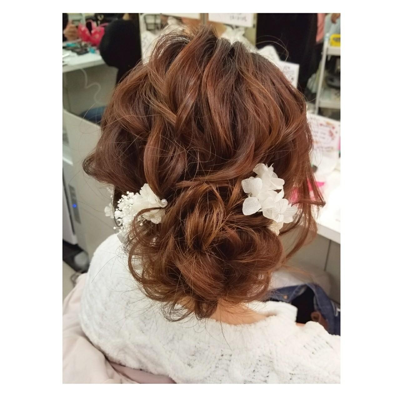 フェミニン 結婚式 セミロング 謝恩会 ヘアスタイルや髪型の写真・画像 | chisa* / CURE