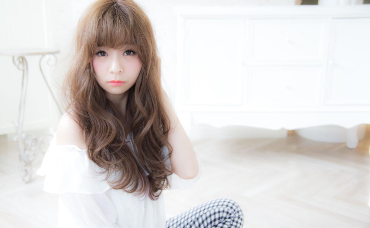 セミロング フェミニン 外国人風 ゆるふわ ヘアスタイルや髪型の写真・画像 | 早川 宏介 / LOUIMADNA栄