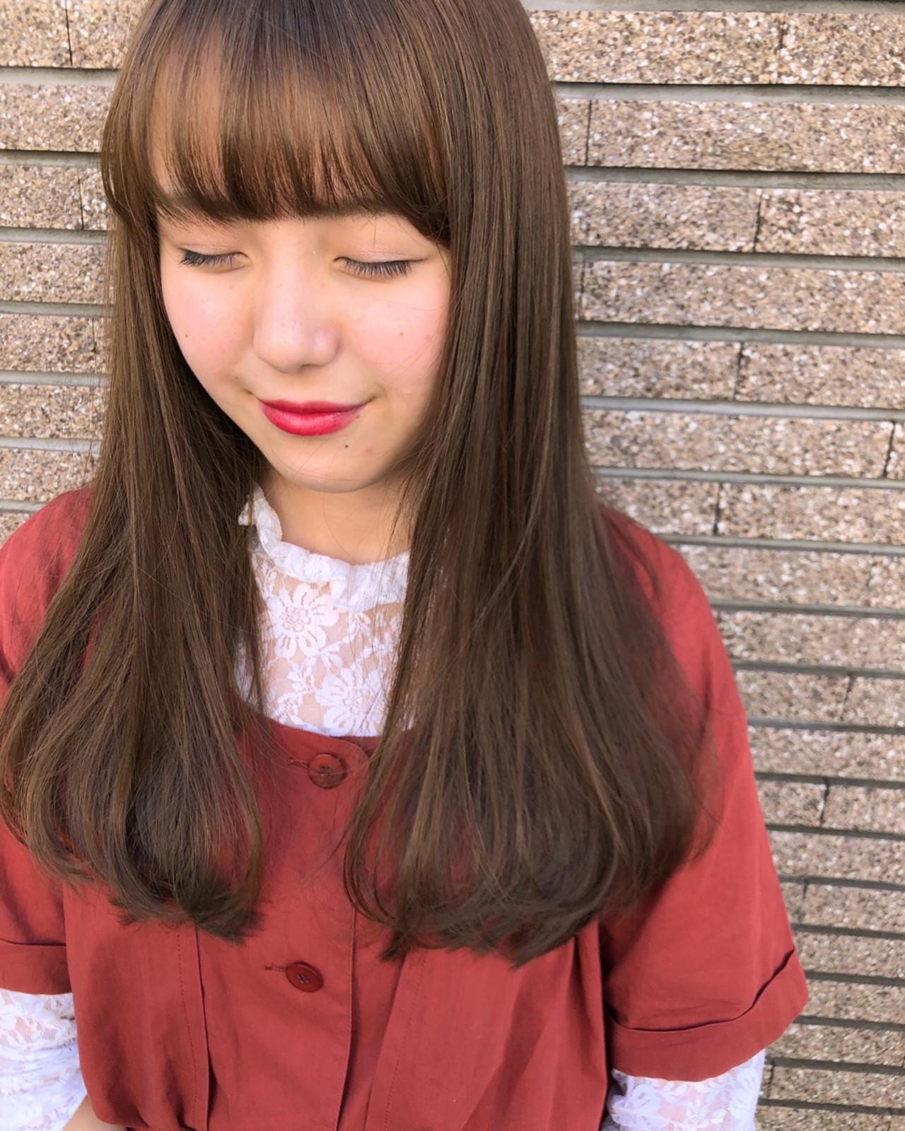 デート セミロング ワンカール ゆるふわ ヘアスタイルや髪型の写真・画像 | 岩田 和也 / NOE SALON / NOESALON