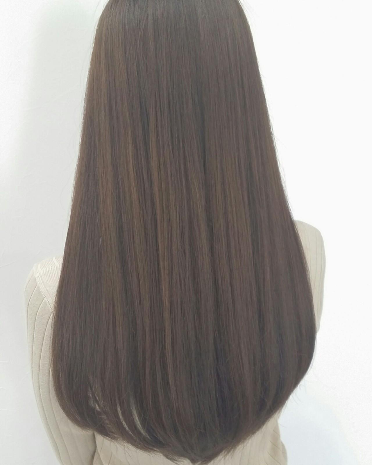 外国人風 アッシュ ロング イルミナカラー ヘアスタイルや髪型の写真・画像 | 山原 裕介 / moooooi HAIR SPACE