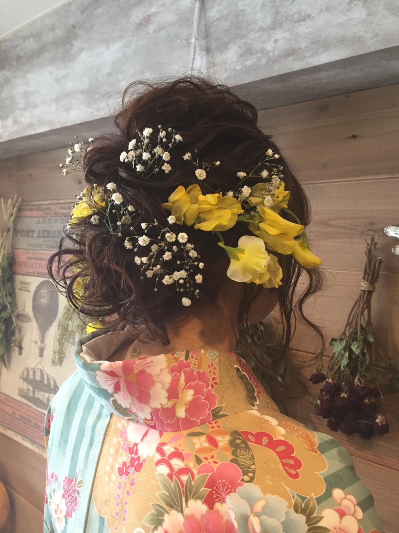 ヘアアレンジ セミロング 結婚式 ブライダル ヘアスタイルや髪型の写真・画像 | Aco / atelierAmeRi