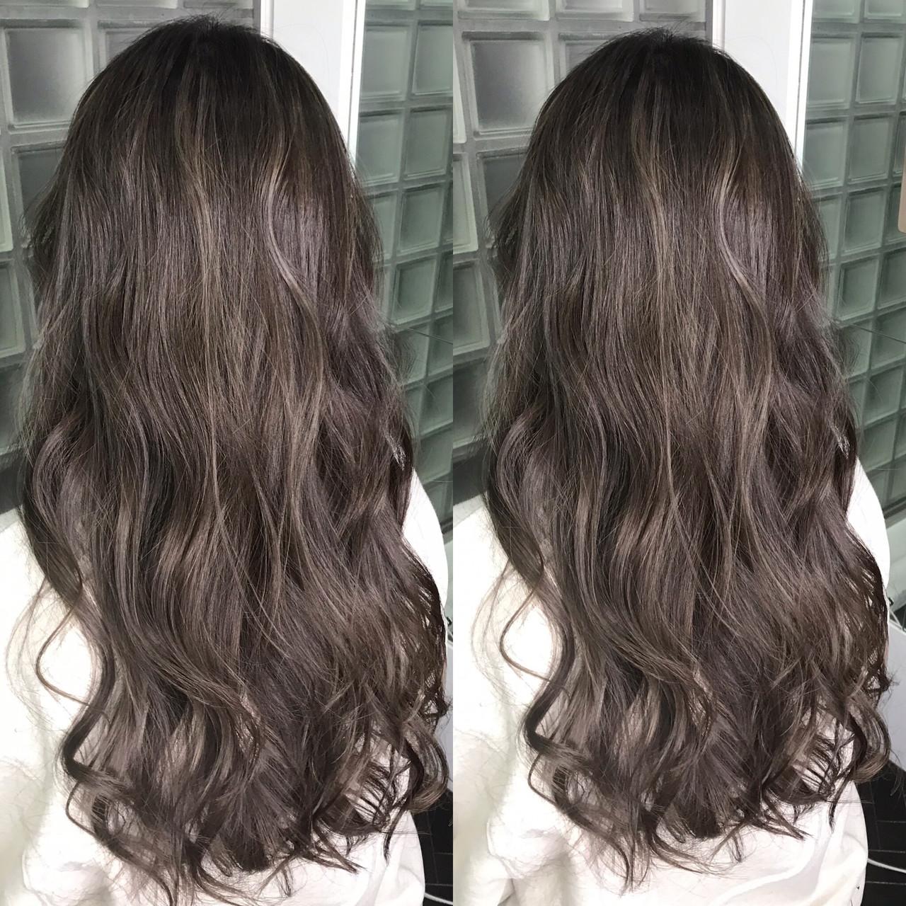 暗髪 ハイライト 上品 アッシュグレージュヘアスタイルや髪型の写真・画像