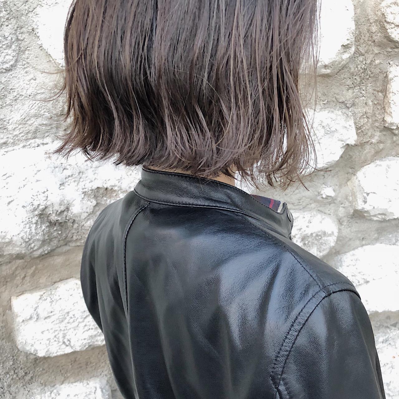 ボブ 外ハネ ハイライト モード ヘアスタイルや髪型の写真・画像 | 森 康治 / kiito / kiito