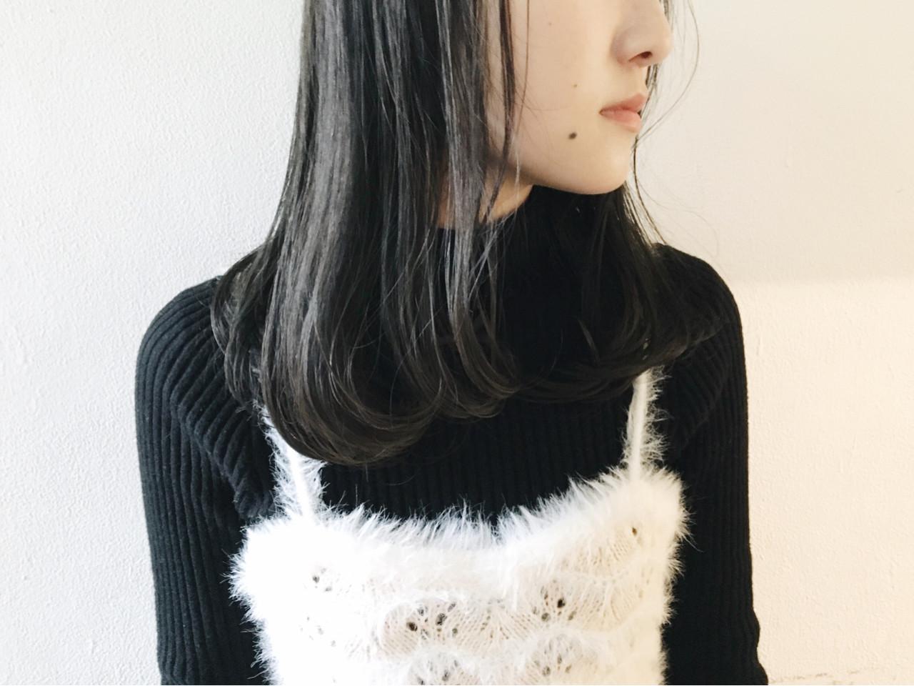 黒髪 セミロング 外国人風カラー グレージュヘアスタイルや髪型の写真・画像