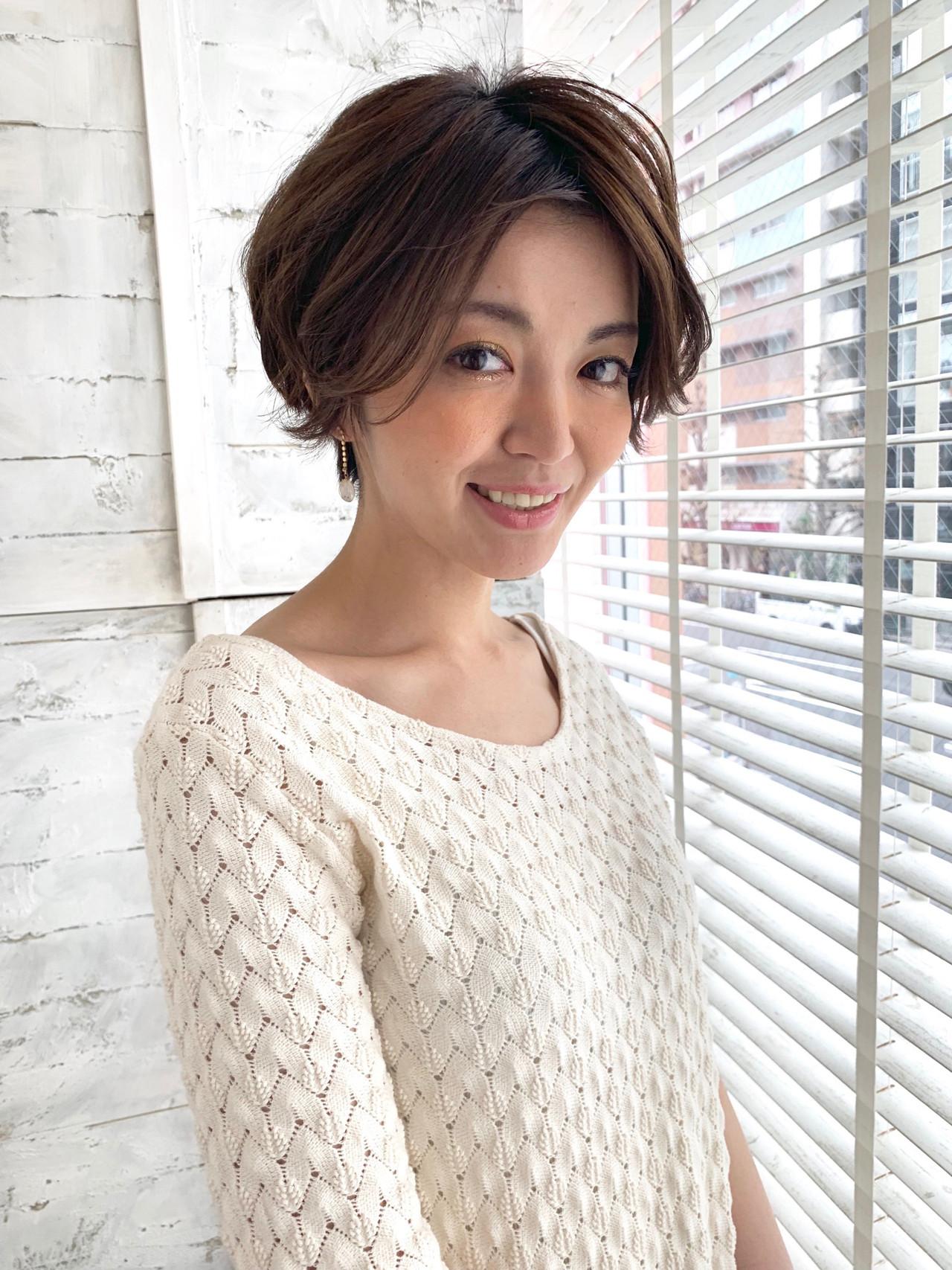 無造作ミックス 大人カジュアル パーマ ショート ヘアスタイルや髪型の写真・画像 | Chie Ogusu / Hair and Make Chie Ogusu