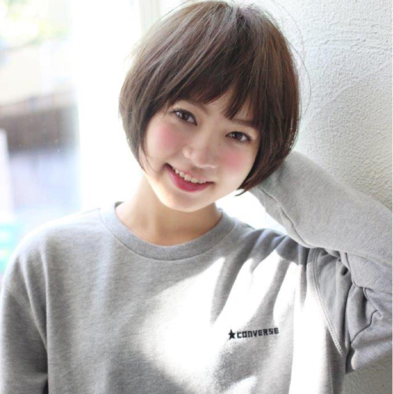 ショート 黒髪 色気 小顔 ヘアスタイルや髪型の写真・画像 | 切りっぱなしレイヤー&パーマ Un ami 増永 / Un ami omotesando