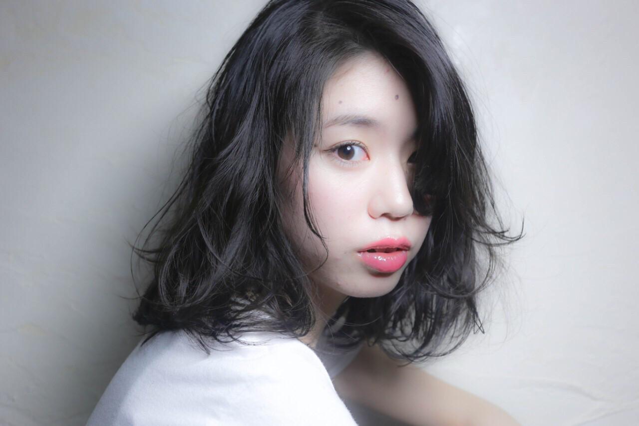 揺れる毛先に惚れ惚れ♡肩上パーマでどストライクの髪型を目指せ。 前樫 将太 / hair design anello