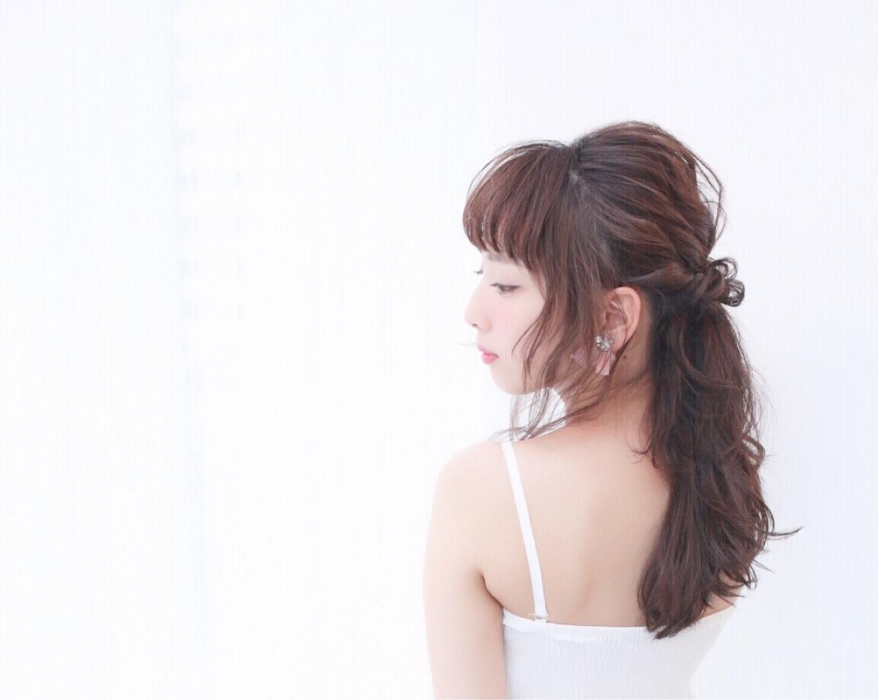 ヘアアレンジ フェミニン ロング ブライダル ヘアスタイルや髪型の写真・画像   Obayashi Natsumi /