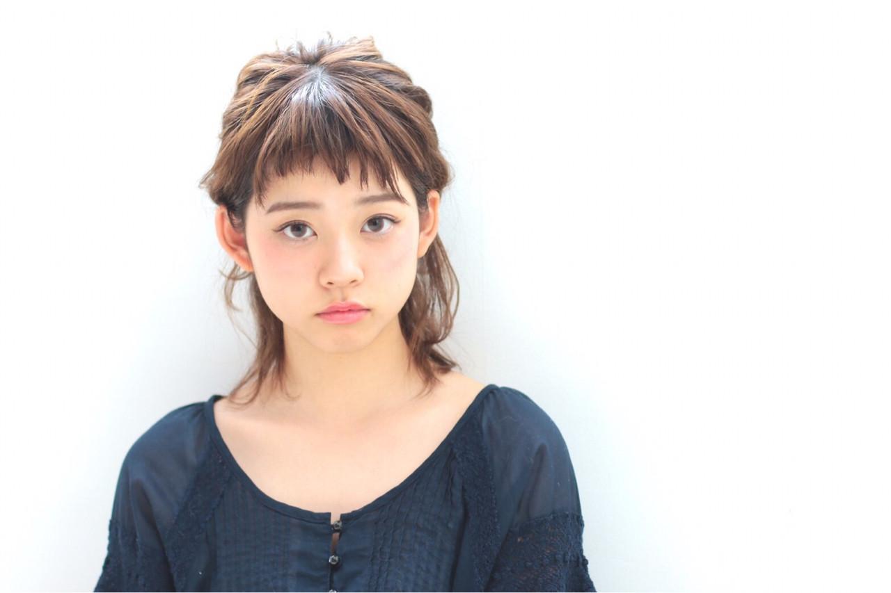 ハーフアップ ヘアアレンジ ガーリー ミディアム ヘアスタイルや髪型の写真・画像 | フジワラマナミ /
