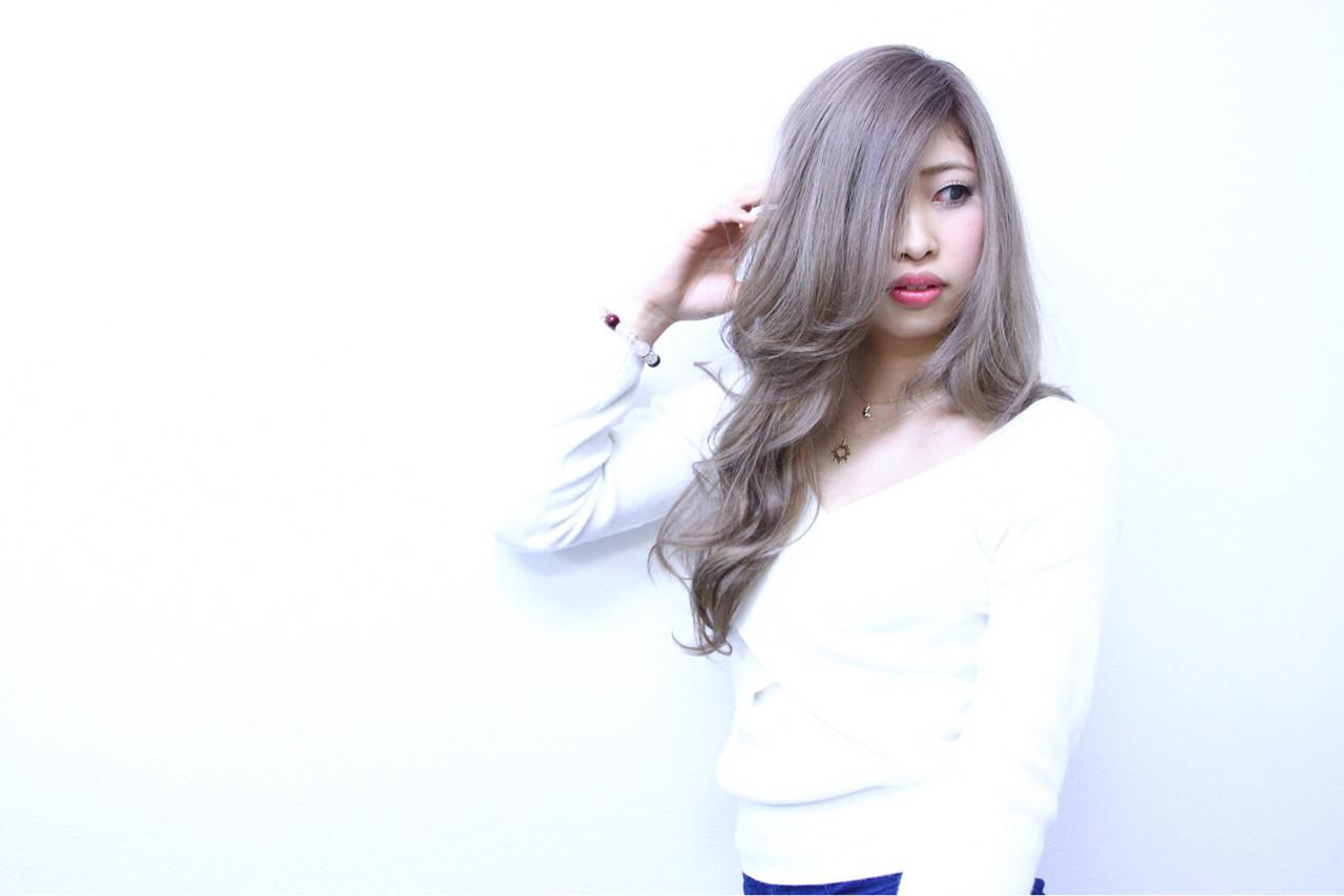 旬ヘアカラーなら外国人風「ホワイトアッシュ」♪ブリーチなしOKな髪色♡ 白石宇由