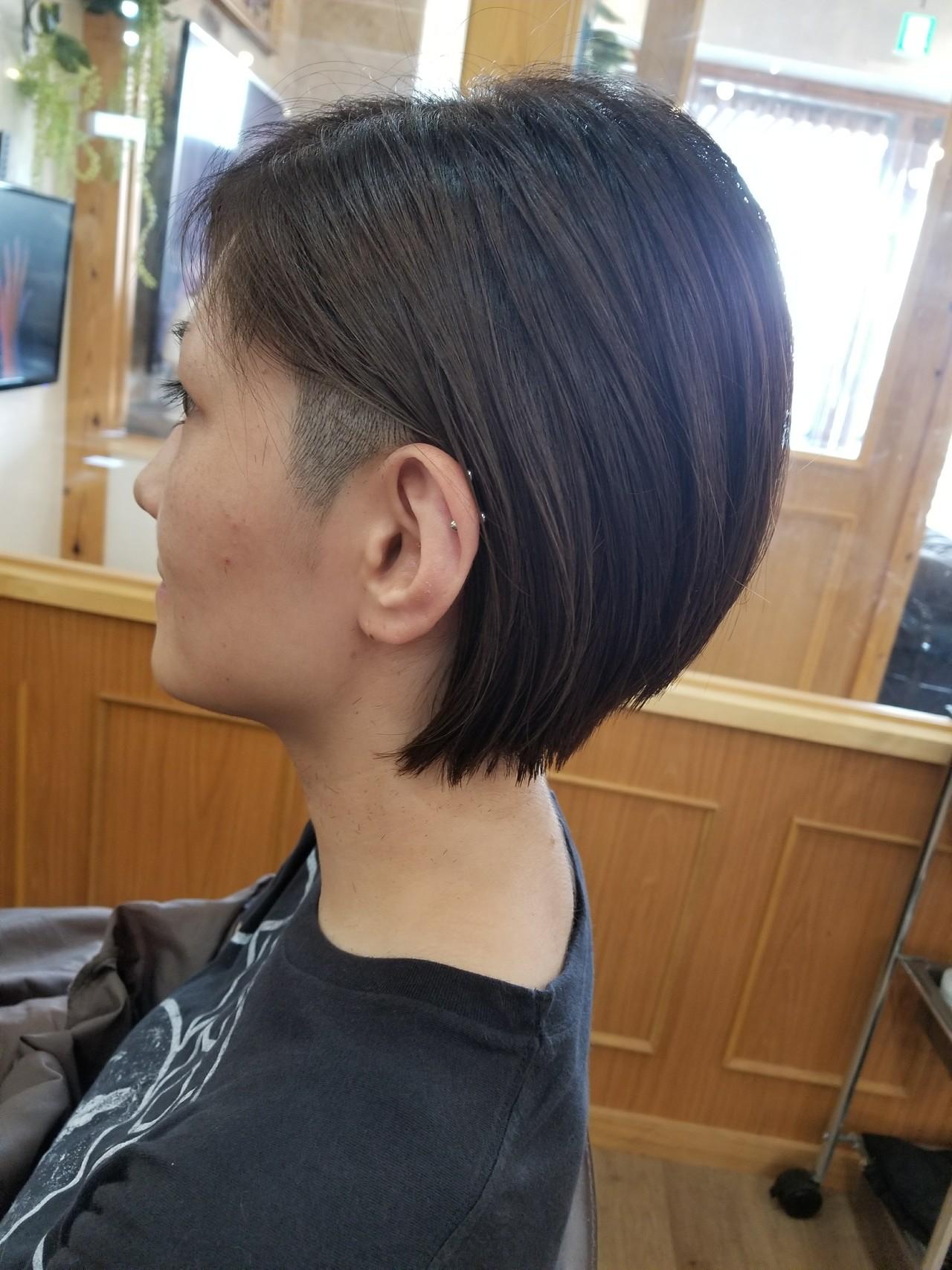 坊主 ストリート ボブ 大人女子 ヘアスタイルや髪型の写真・画像 | 茂垣 貴裕 / shiro(新宿)/LOOOKS(中央林間)
