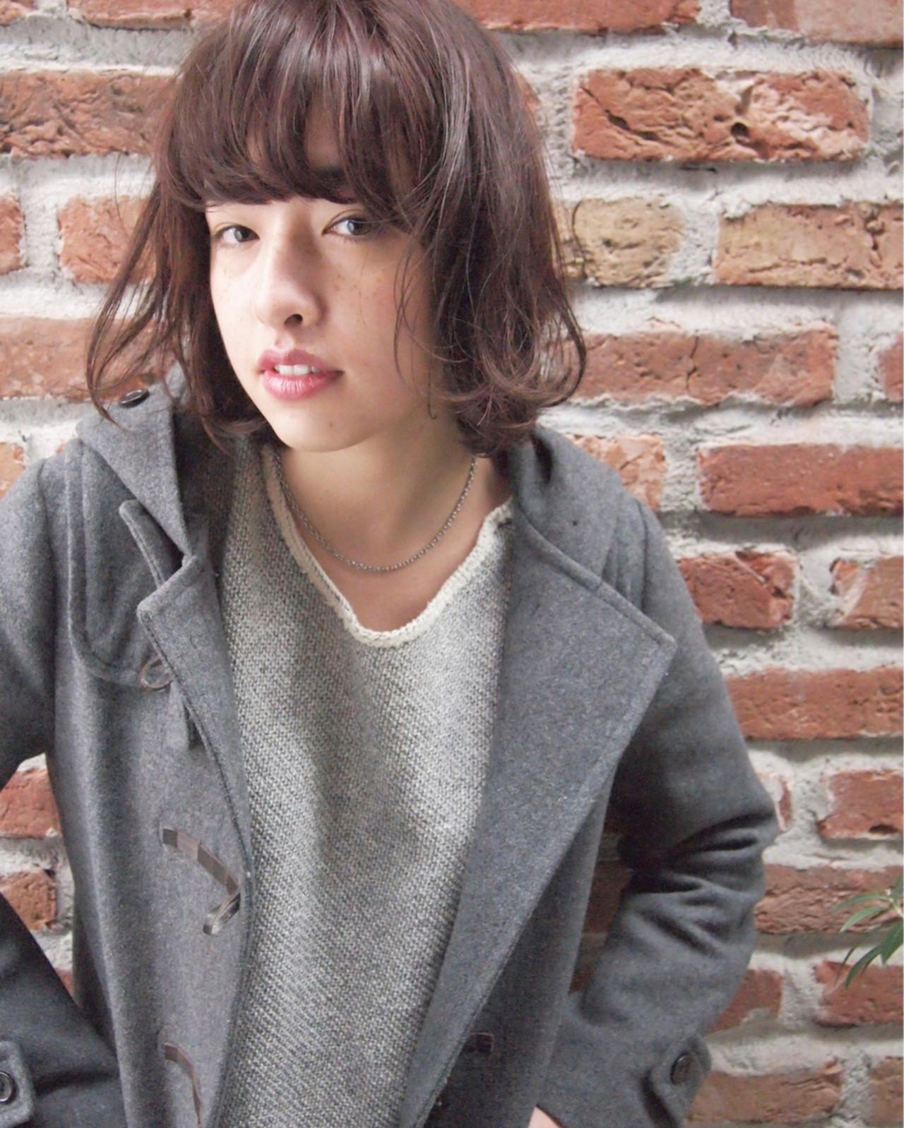 小顔 こなれ感 ナチュラル 大人かわいいヘアスタイルや髪型の写真・画像