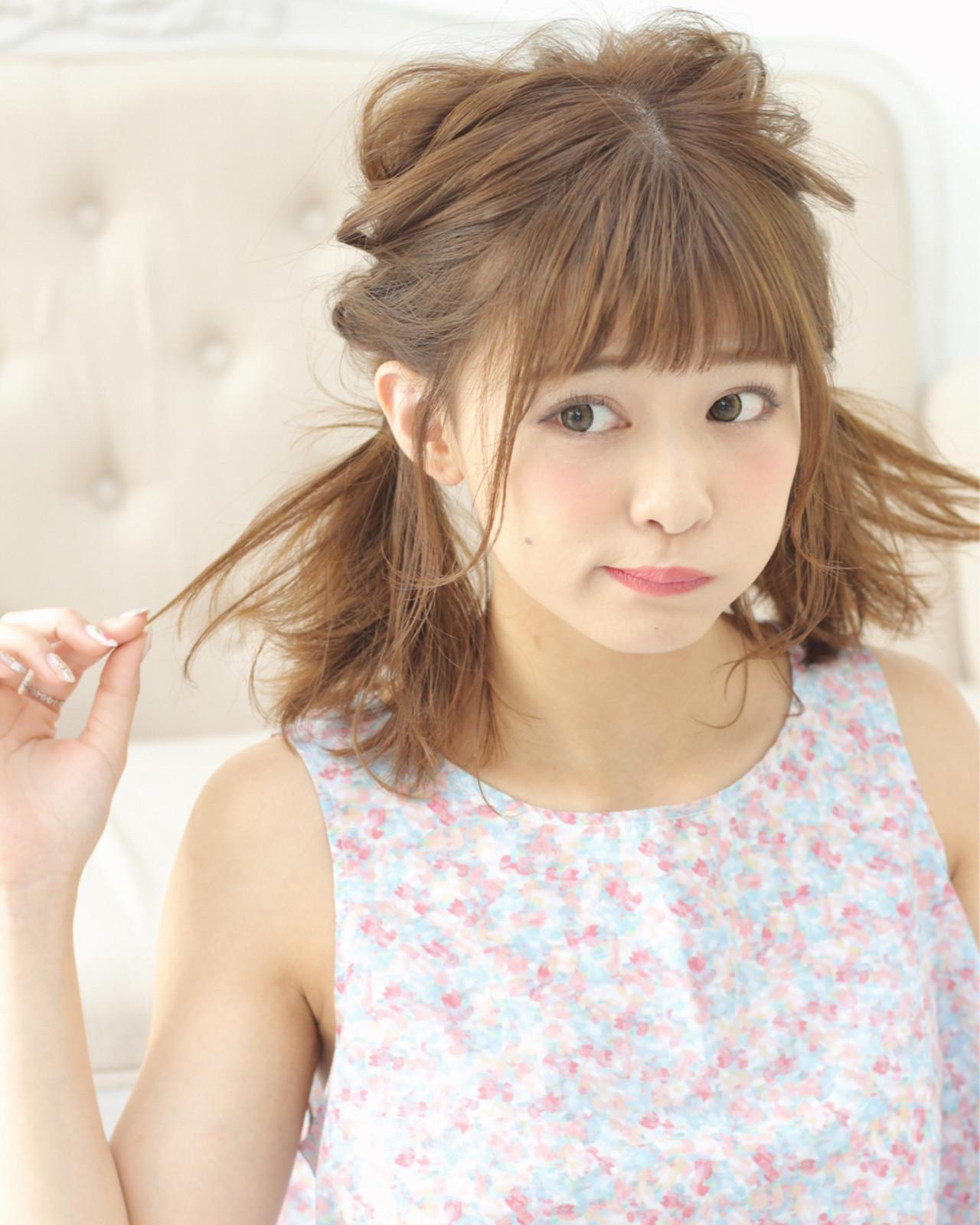 ガーリー 前髪パッツン ヘアアレンジ ミディアム ヘアスタイルや髪型の写真・画像 | Wataru Maeda / cache cache