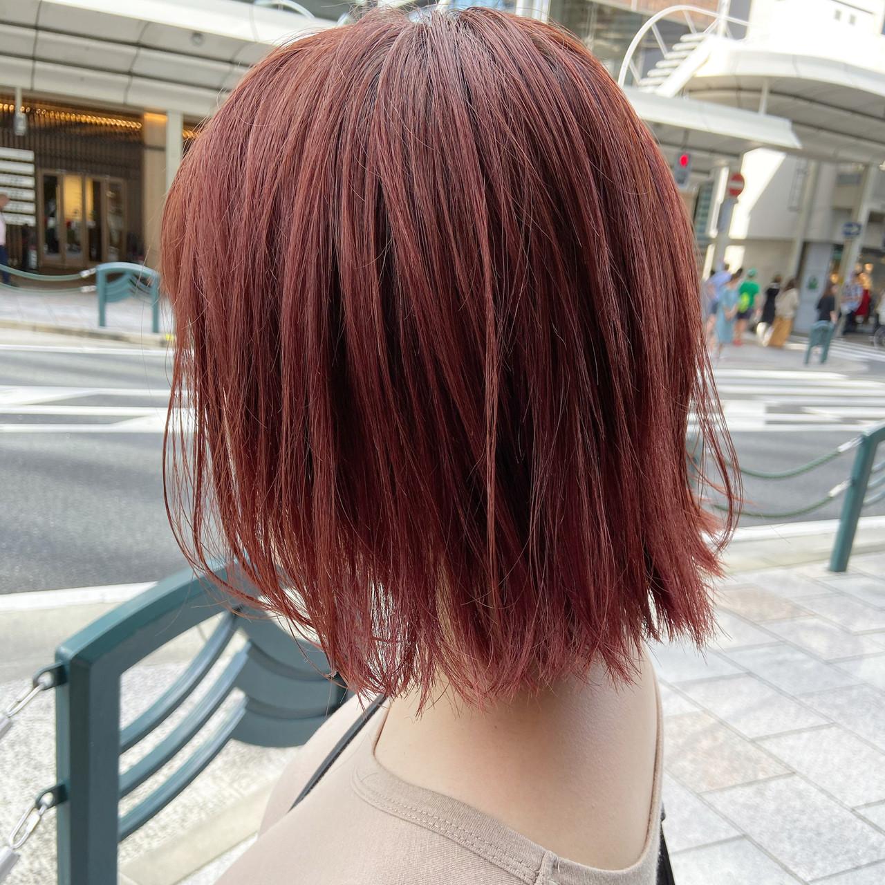 カシスレッド ミディアム レッドカラー チェリーレッド ヘアスタイルや髪型の写真・画像 | 元橋啓太 / snob