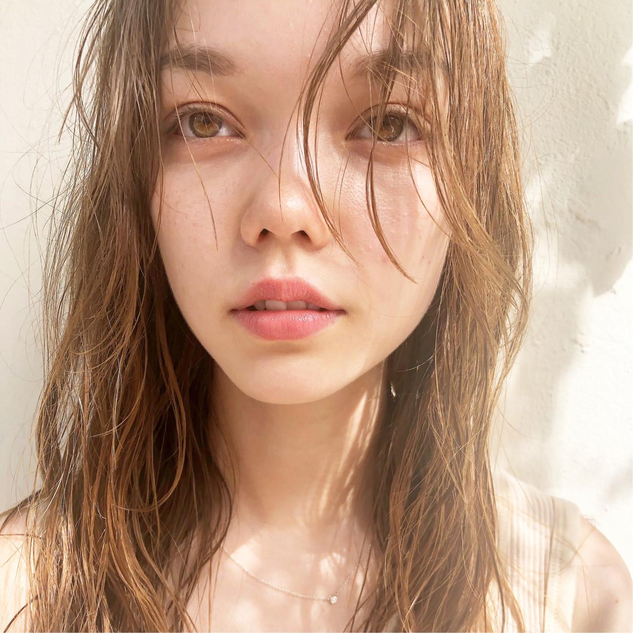 ハイライト 簡単ヘアアレンジ ブリーチ ナチュラル ヘアスタイルや髪型の写真・画像   Suguru Komuro / Quown'   ( クオン )