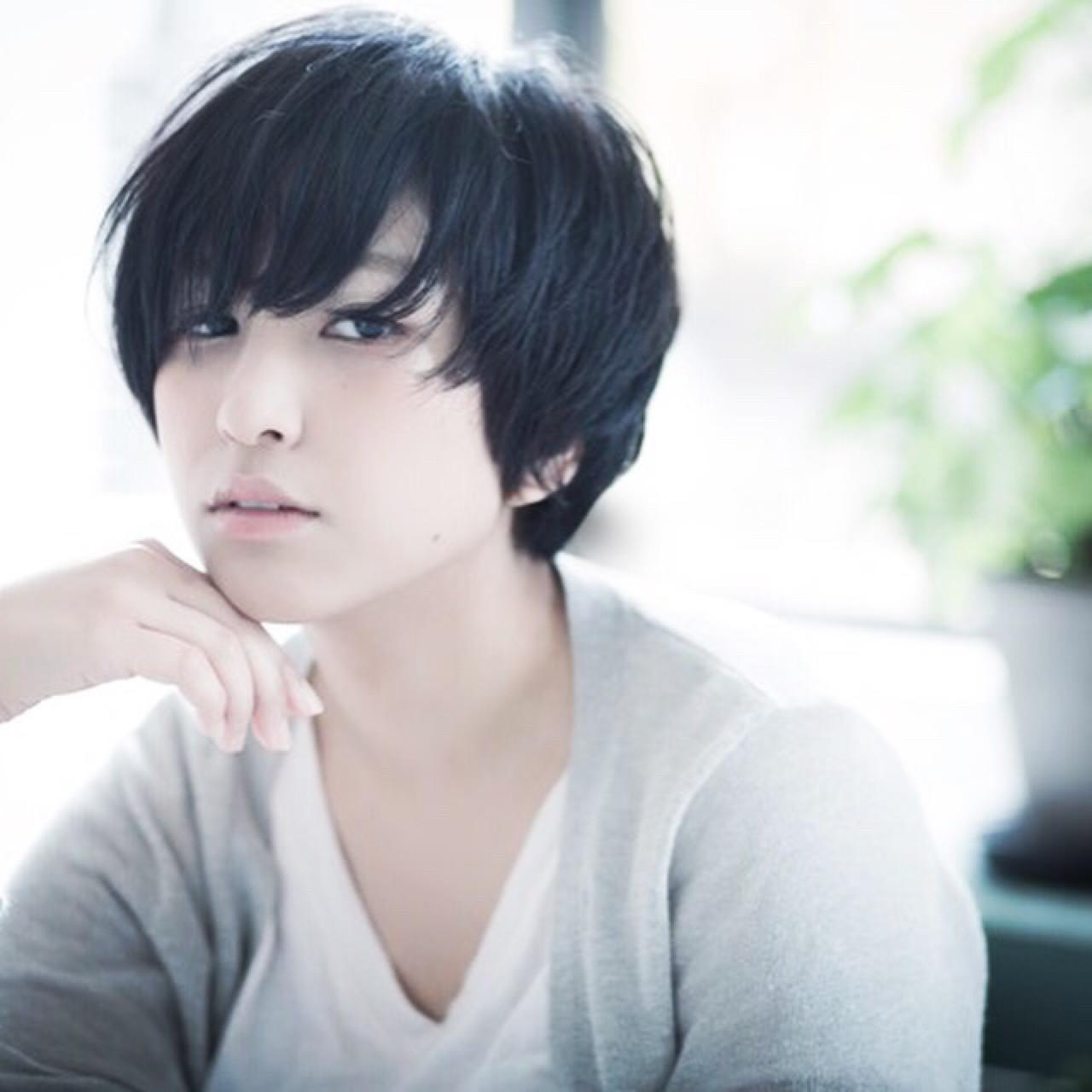 知らなかった?実はオンナ度が高い、魅惑の黒髪ベリーショート♡ 岡田 亜沙美