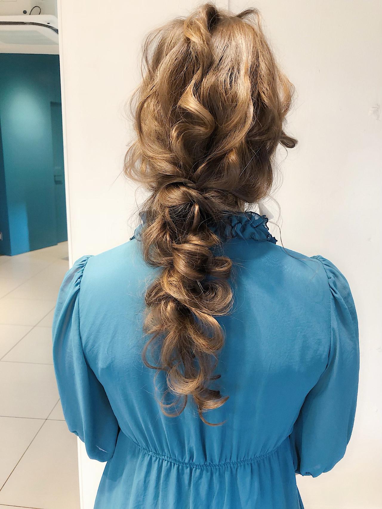 大人かわいい デート フェミニン ヘアアレンジヘアスタイルや髪型の写真・画像