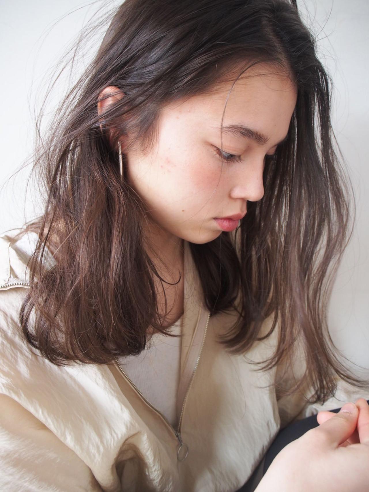 アッシュ ナチュラル 抜け感 外国人風 ヘアスタイルや髪型の写真・画像   中島 潮里 / whyte / whyte