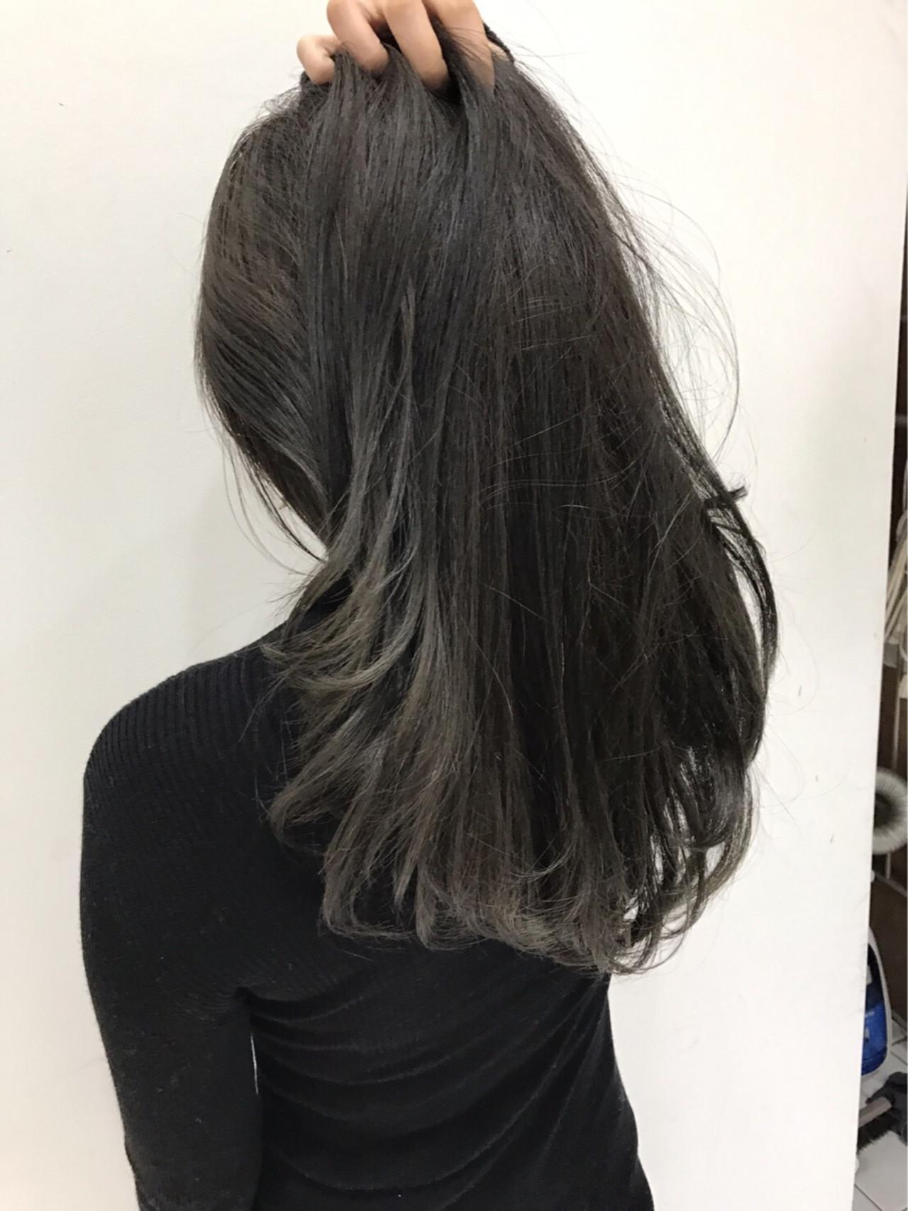 グラデーションカラー 外国人風 アッシュ セミロングヘアスタイルや髪型の写真・画像