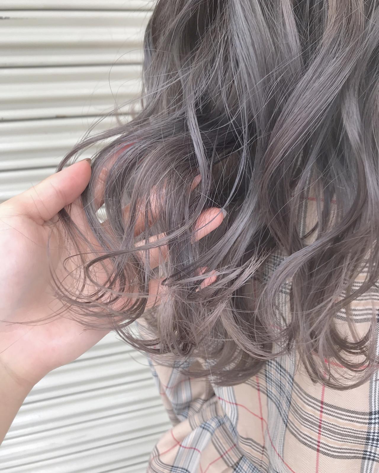 ミルクティーベージュ ラベンダーグレージュ ミルクティーグレージュ グレージュ ヘアスタイルや髪型の写真・画像 | 大石亜里紗 / CREA茅ヶ崎