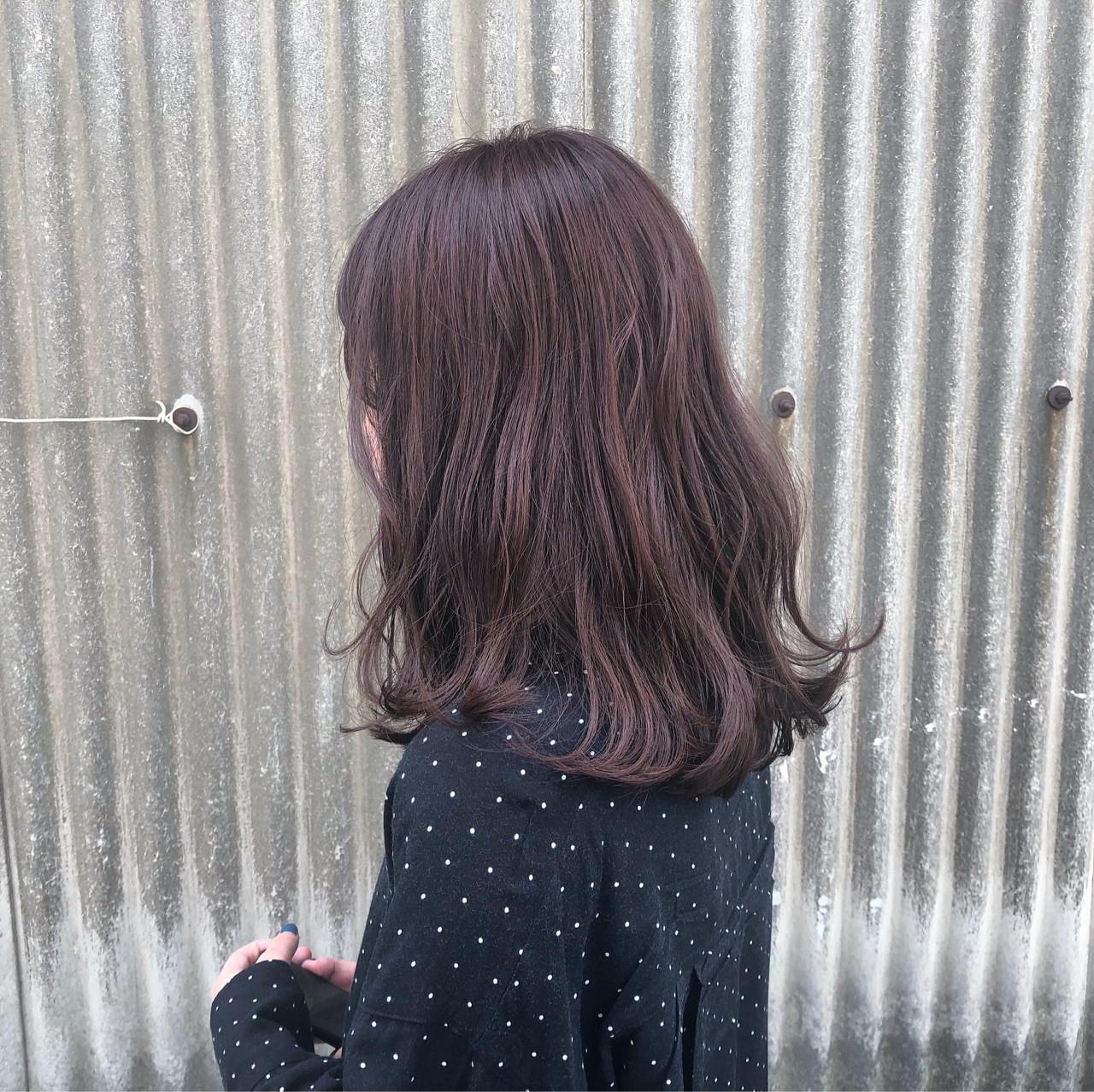 レッド ガーリー 透明感 セミロングヘアスタイルや髪型の写真・画像