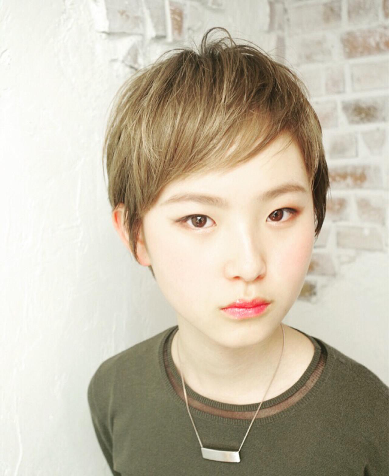 ブリーチ ピュア ベージュ ナチュラル ヘアスタイルや髪型の写真・画像 | Nao Kokubun blast / blast