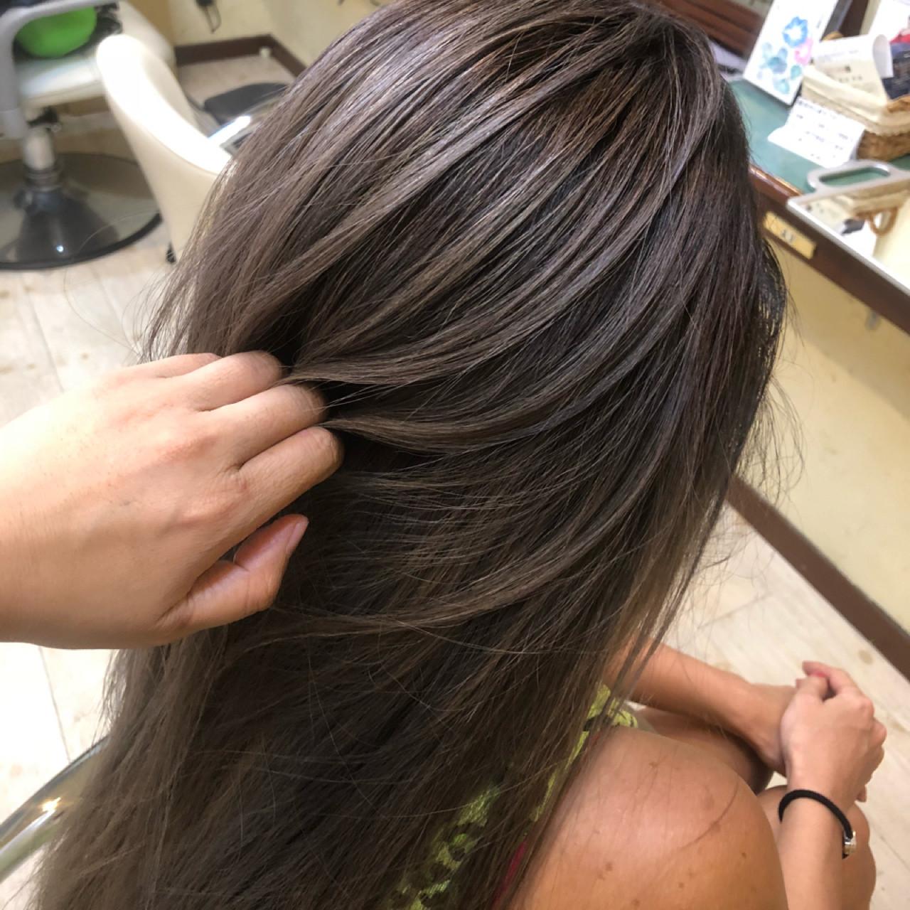 ロング 女子力 外国人風カラー アッシュヘアスタイルや髪型の写真・画像