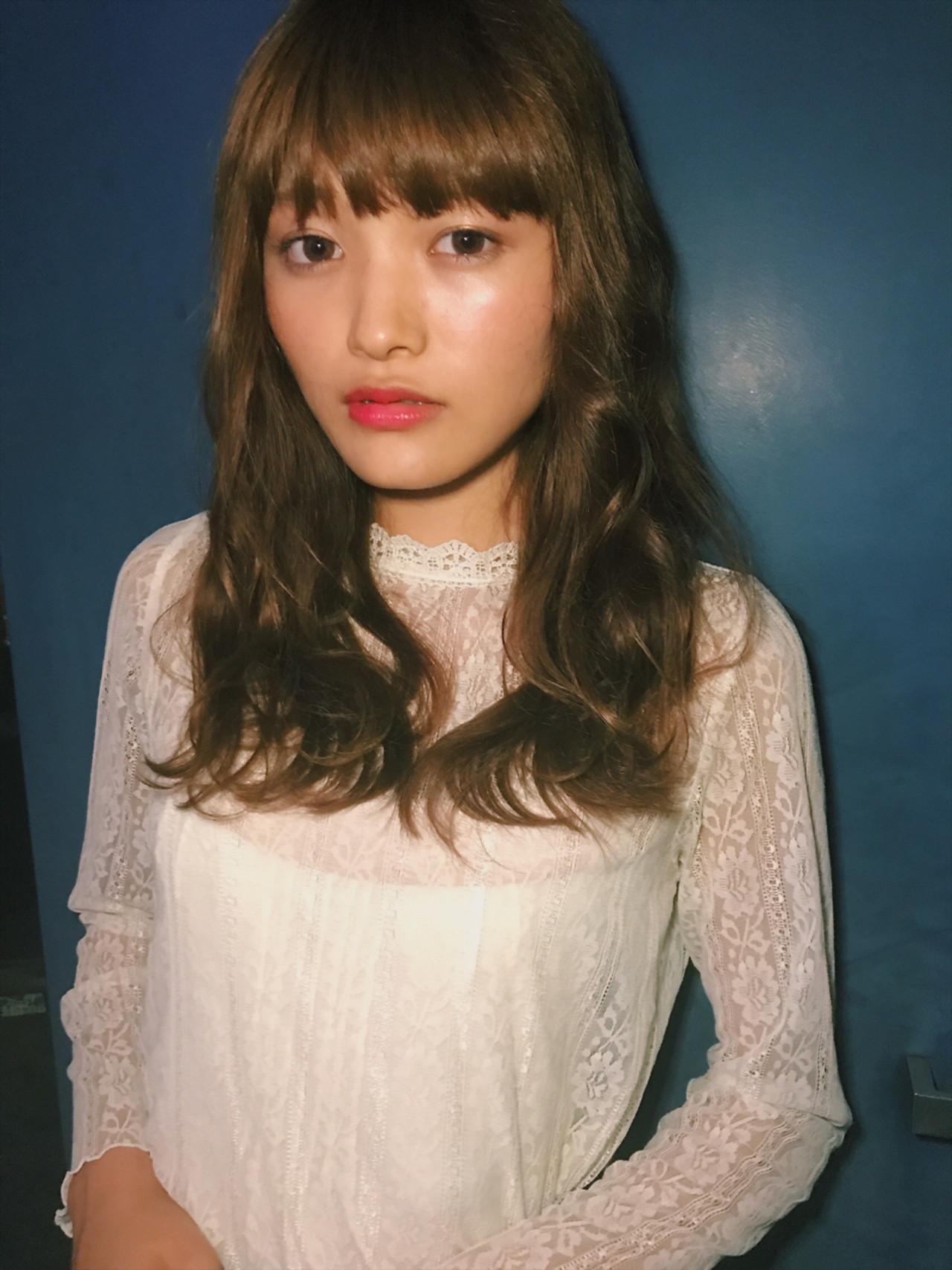 カール モード デート 透明感 ヘアスタイルや髪型の写真・画像 | さとうみさ / Sea by Lond 新宿