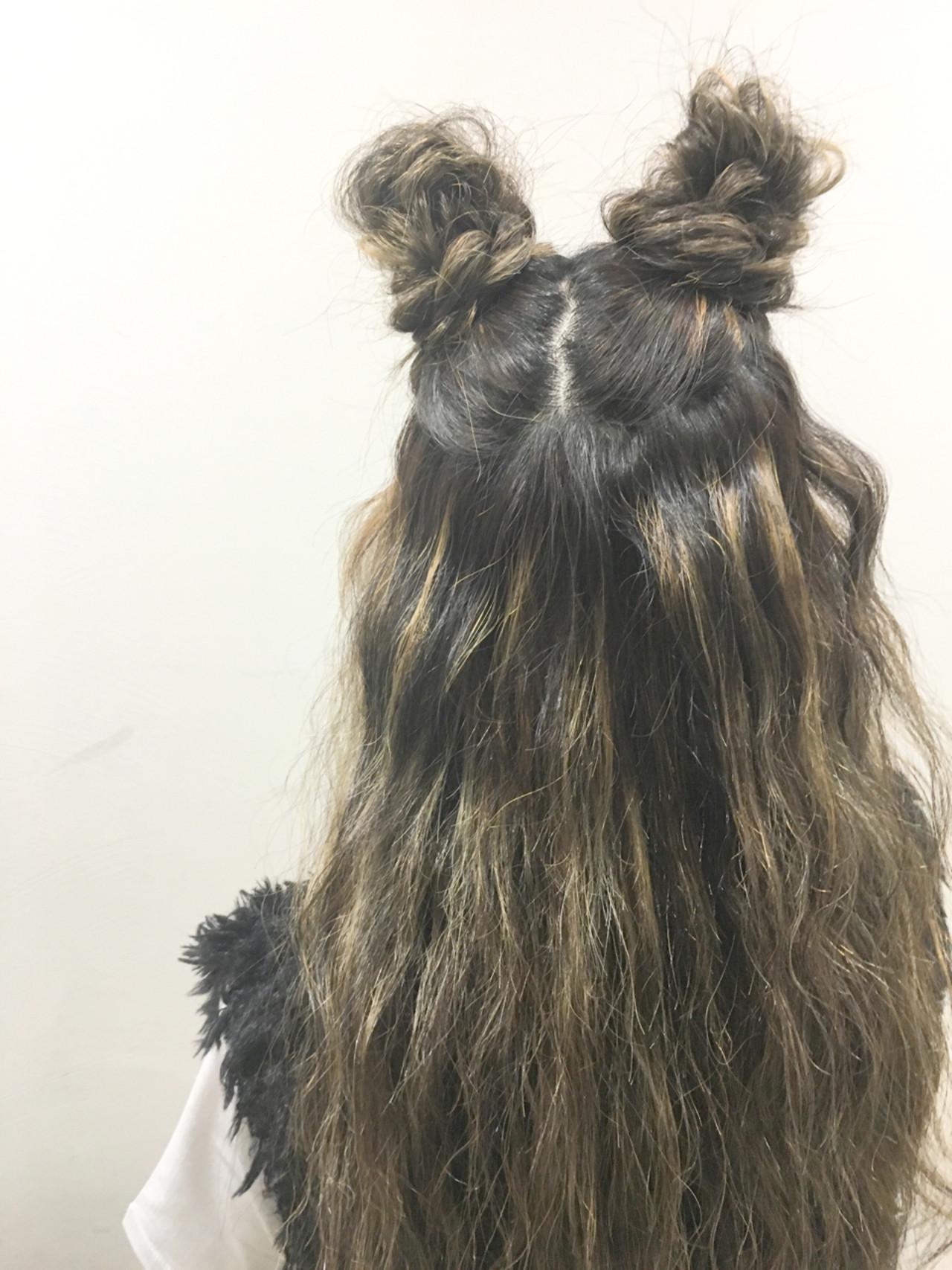 ハイライト ハーフアップ ロング ストリート ヘアスタイルや髪型の写真・画像 | 斧江 和也 / ROOTS IRIE
