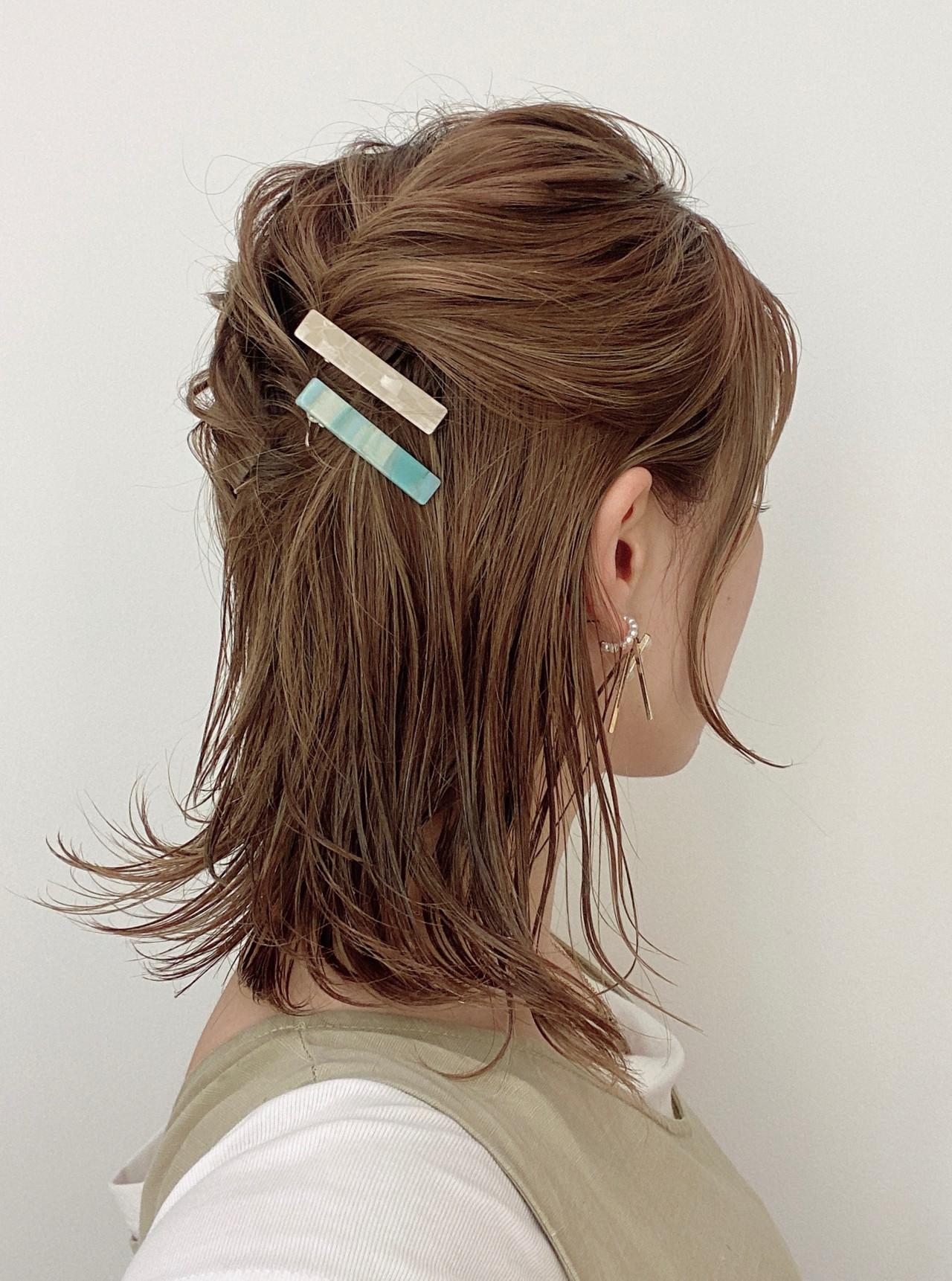 ハーフアップ ナチュラル セルフヘアアレンジ ヘアアレンジ ヘアスタイルや髪型の写真・画像