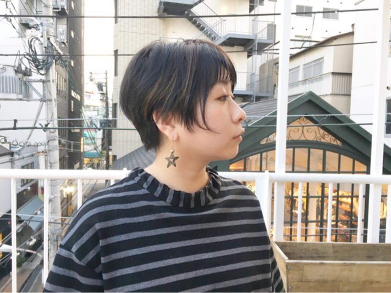 アッシュグレージュ ショート アッシュベージュ ネイビーアッシュ ヘアスタイルや髪型の写真・画像 | COM PASS 太一 / COM PASS