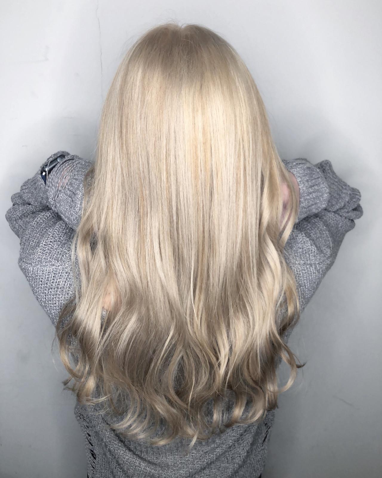 フェミニン 透明感 外国人風カラー ロングヘアスタイルや髪型の写真・画像