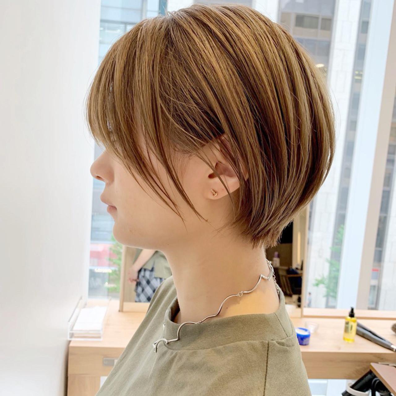 ショートボブ オフィス ハイライト 大人かわいい ヘアスタイルや髪型の写真・画像 | ショートヘア美容師 #ナカイヒロキ / 『send by HAIR』