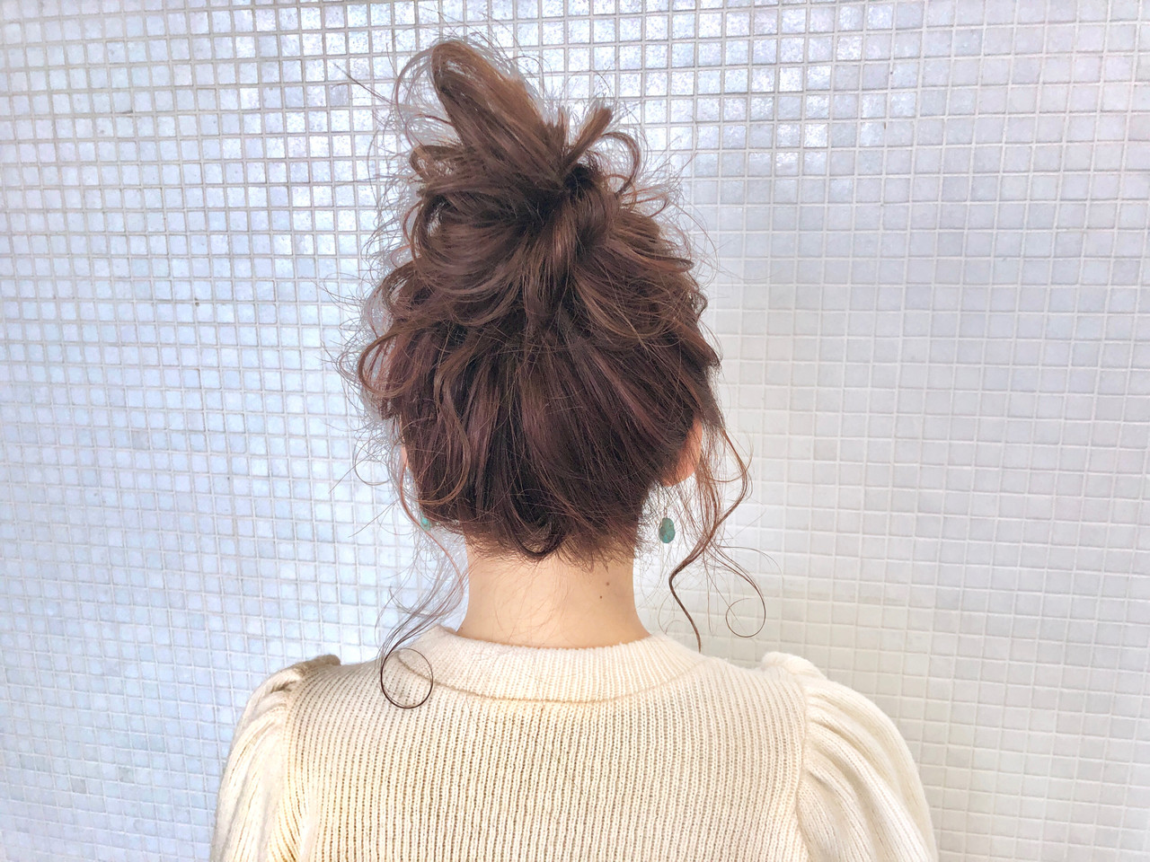 ガーリー お団子ヘア ロング 簡単ヘアアレンジヘアスタイルや髪型の写真・画像
