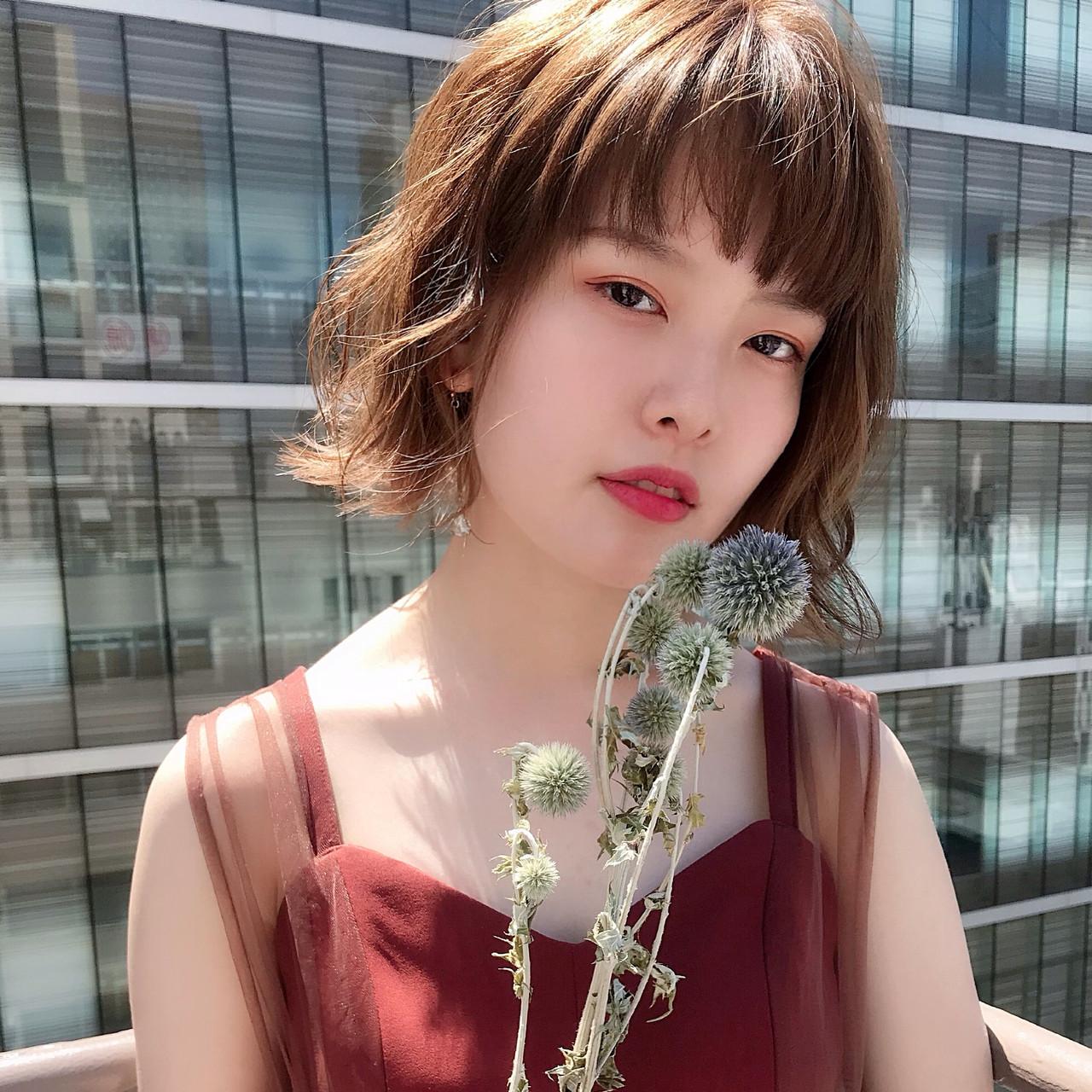 ガーリー ボブ モテ髪 インナーカラー ヘアスタイルや髪型の写真・画像 | Kohe Kamijo / Zina Central