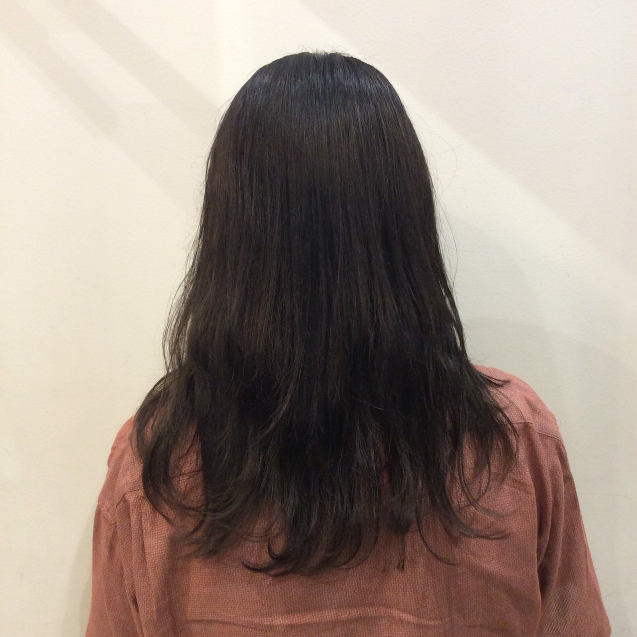 暗髪 大人かわいい ナチュラル 韓国 ヘアスタイルや髪型の写真・画像 | ナカムラ ミノリ / 株式会社 Luxe(ラグゼ)